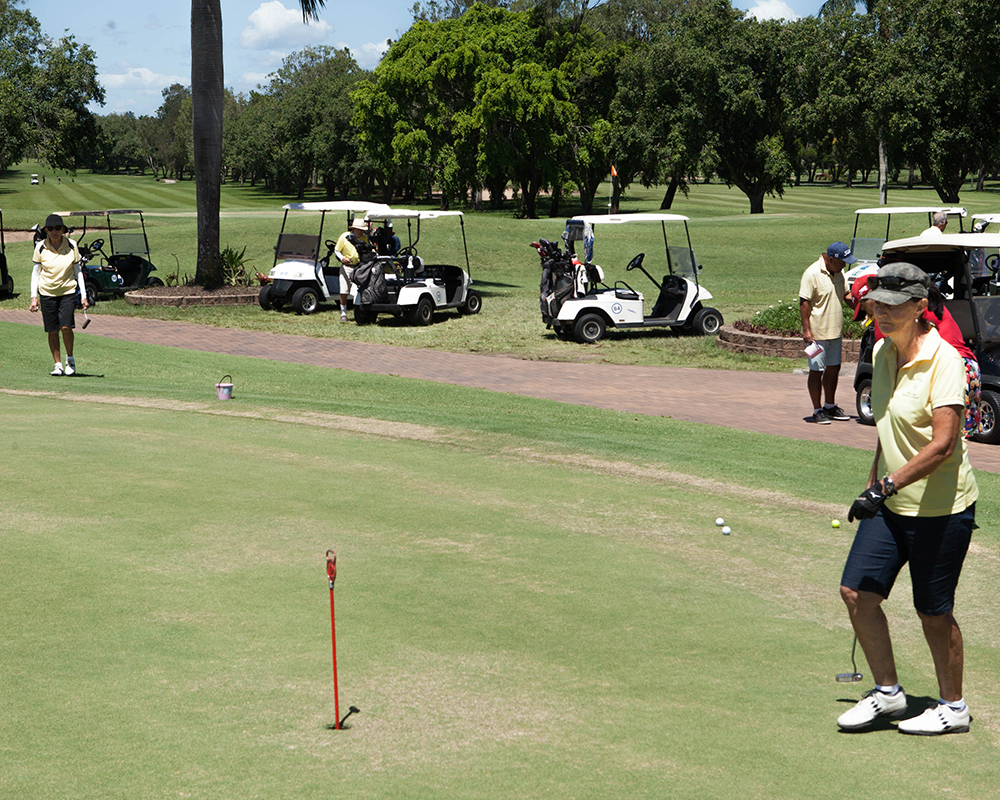 The practice green at Mackay Golf Club